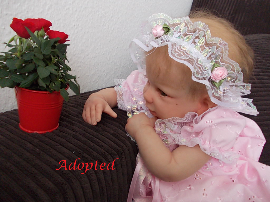 Reborn baby DeeDee by Linda Murray